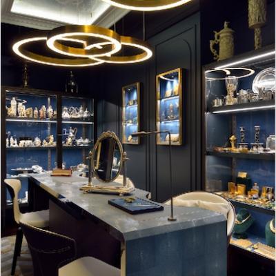 Au Vase de Delft, à la recherche du bijou unique