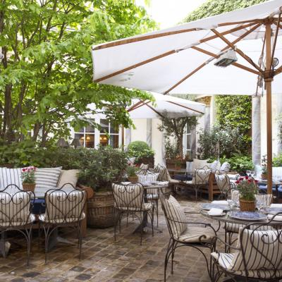 Take a break on the terrace from your shopping