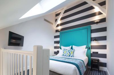 Hotel Fabric - Quarto
